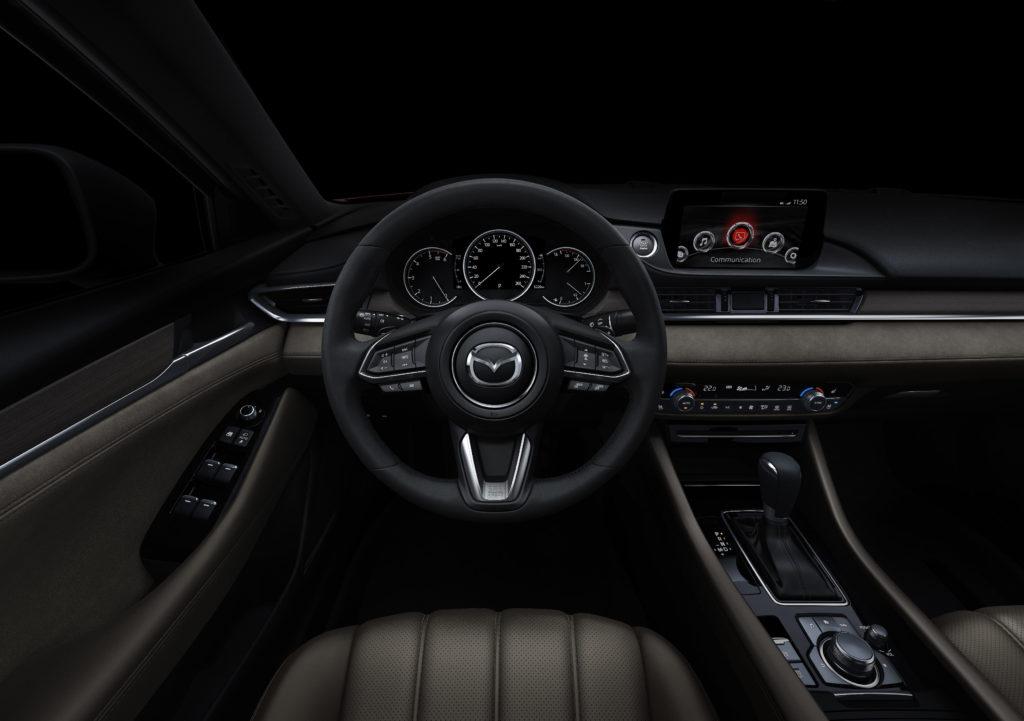 Instrukcja – jaka wersja Mazda Connect?